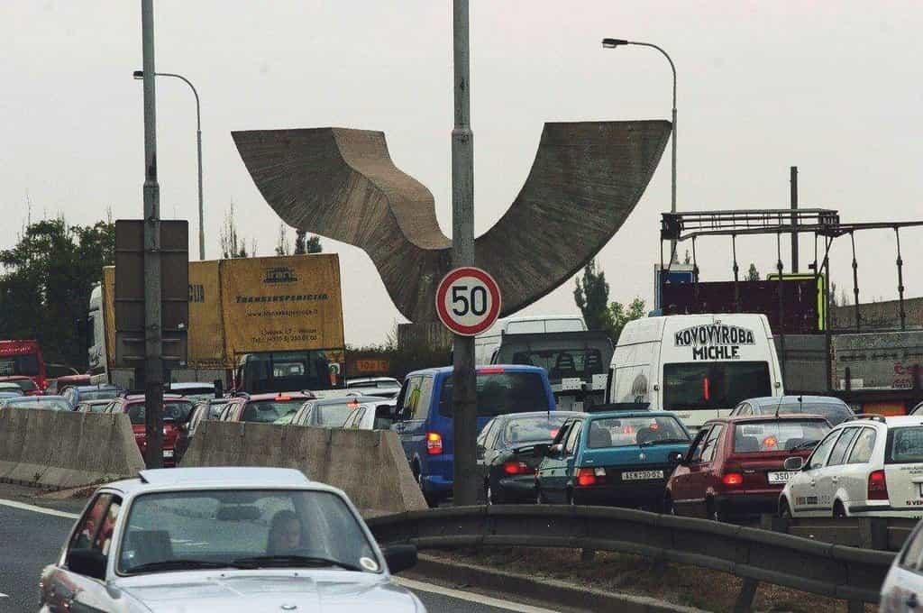 Doprava na Barrandovském mostě