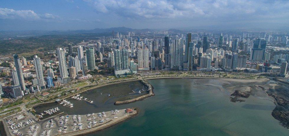 "Fotografie ""Panama City"" licencovaná pod CC BY 2.0"