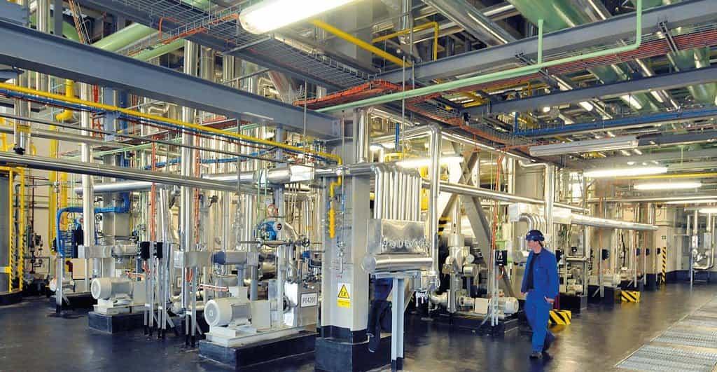 Preol, továrna