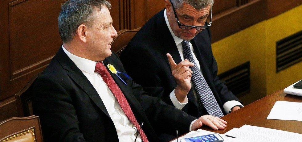 Lubomír Zaorálek a Andrej Babiš ve sněmovně