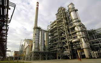 Petrochemický holding Unipetrol očekává ve třetím čtvrtletí provozní ztrátu, která by mohla částečně smazat provozní zisk z předchozího období