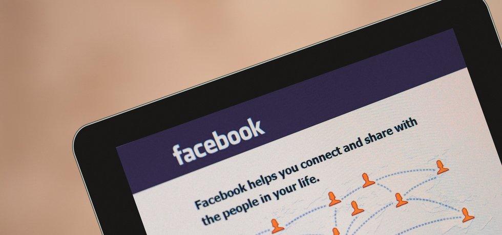 Facebook na tabletu