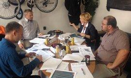 Vítejte u mě. Jednotlivé setkání TAB Boardu se pořádají v zúčastněných firmách. Podnikatelé se tak střídají v roli hostitele.
