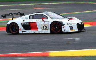 Audi R8 LMS v barvách českého týmu ISR Racing.