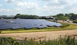 Solární farma poblíž britského Leicesteru