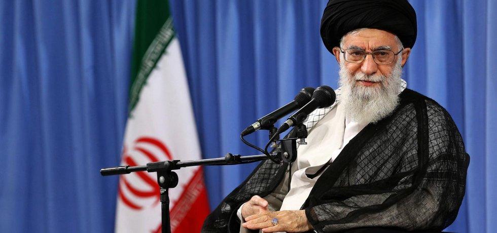 Íránský duchovní vůdce ajatolláh Alí Chameneí
