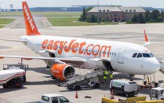 Aerolinky easyJet zaplatily asi miliardu korun