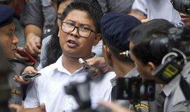 Novinář Reuters Wa Lone, který byl v Barmě odsouzen k sedmi letům vězení