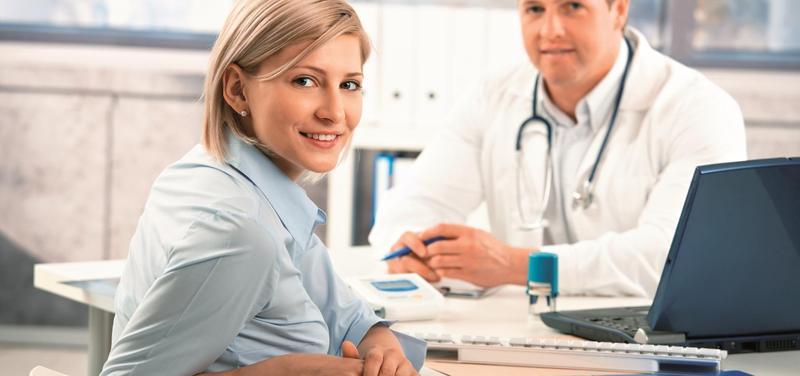 *lékař, praktik, pacientka, ordinace