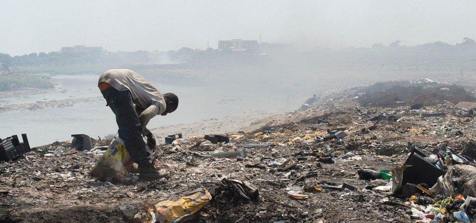 Největší skládka elektronického odpadu je v Ghaně.
