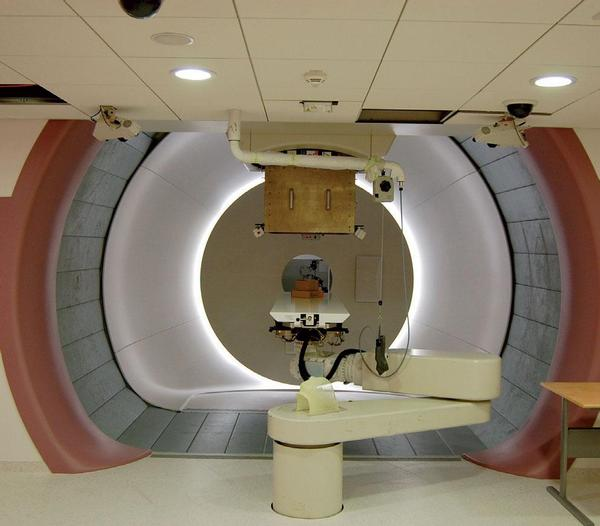 VZP a protonové centrum svádějí administrativní boj o pacienty