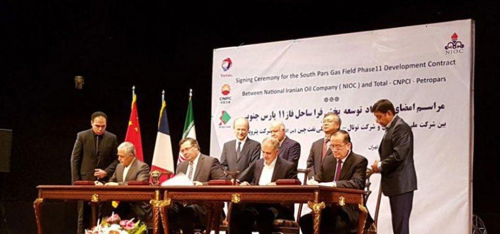 Írán a francouzská energetická skupina Total podepsaly 20letý kontrakt v hodnotě 4,8 miliardy dolarů.