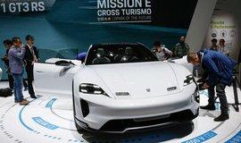 Porsche na autosalónu v Pekingu, ilustrační foto