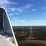 Výhled a práce na vzduchu jsou hned po penězích další výhodou, již si pracovnící na větrných elektrárnách pochvalují
