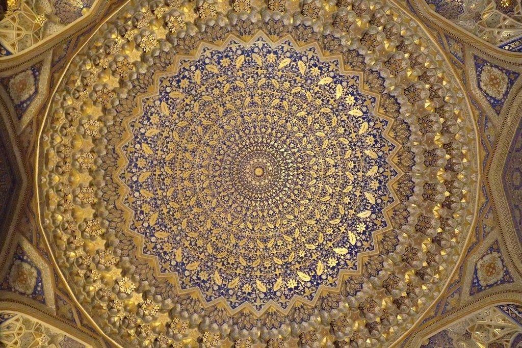 Stropní výzdoba v chrámu v Samarkandu