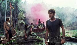Momentka z kultovního filmu Apokalypsa (Apocalypse Now)