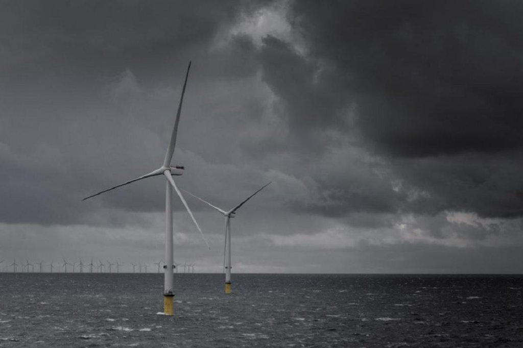 Větrný park Burbo Bank Extension. Nové turbíny o výkonu 8 MW.