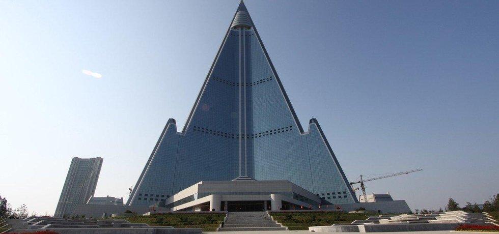 Hotel Ryugyong v KLDR