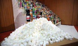 Vysoké množství cukru obsahují zejména sycené nápoje, ilustrační foto