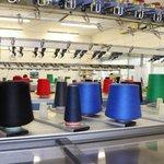 Při výrobě produktů společnost využívá ovčí merino vlnu a jiné kvalitní materiály
