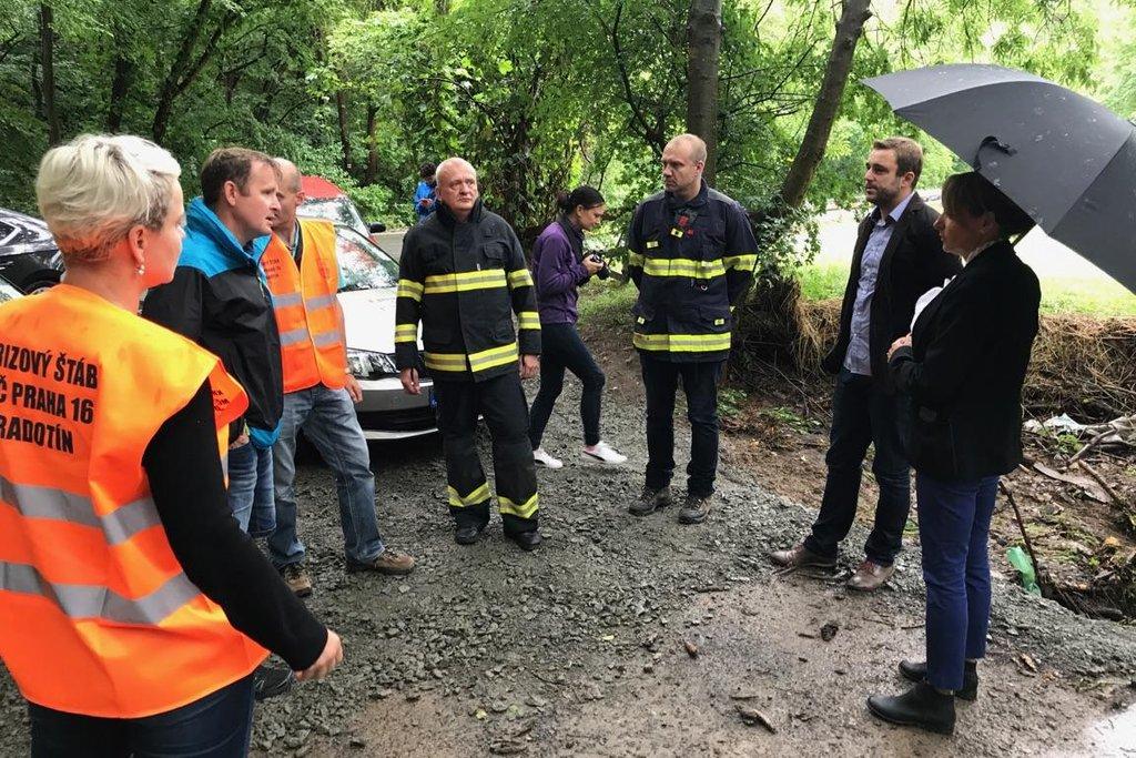 Extrémní déšť zasáhl 29. června Prahu, největší potíže způsobil v Radotíně