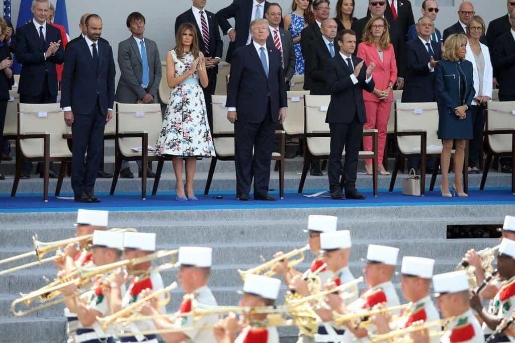 Donald Trump byl z pařížské přehlídky v červenci 2017 nadšen.