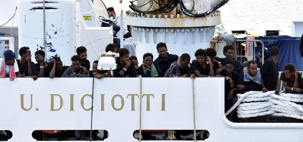 Migranti na lodi Diciotti, ilustrační foto