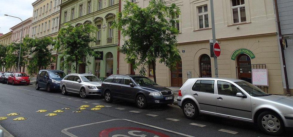Radnice Prahy 5, 6 a 8 sčítají peníze, které vybraly za parkování