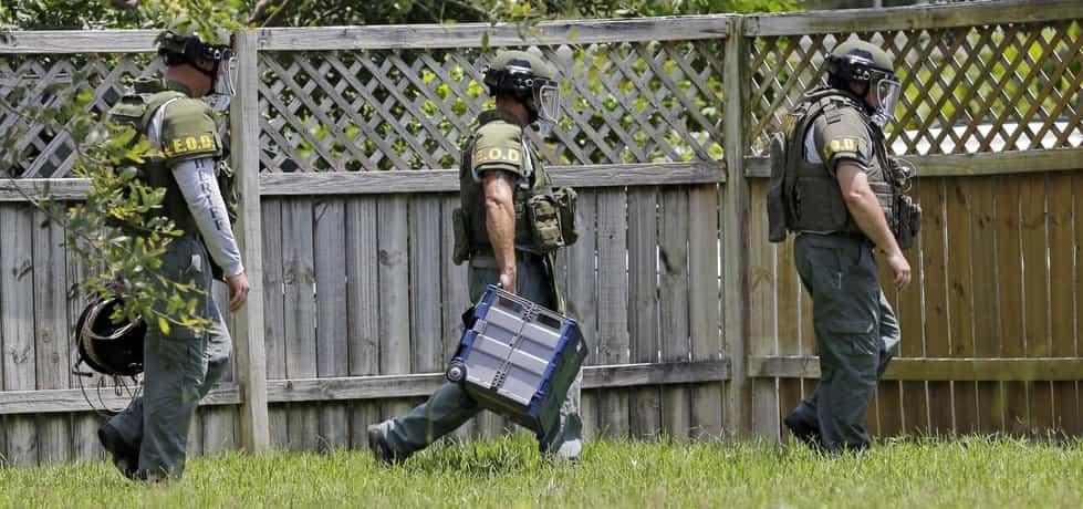Americká policie hledá bomby na místě v hotelovém komplexu spjatém s masakrem v Orlandu