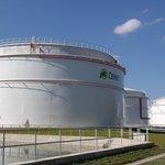 Skladovací nádrže pohonných hmot společnosti Čepro ve skladu Sedlnice (ilustrační foto)