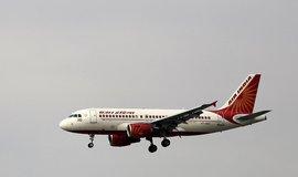 Zadlužená společnost Air India, která je nyní plně ve vlastnictví státu, se již delší dobu potýká s vysokými ztrátami.
