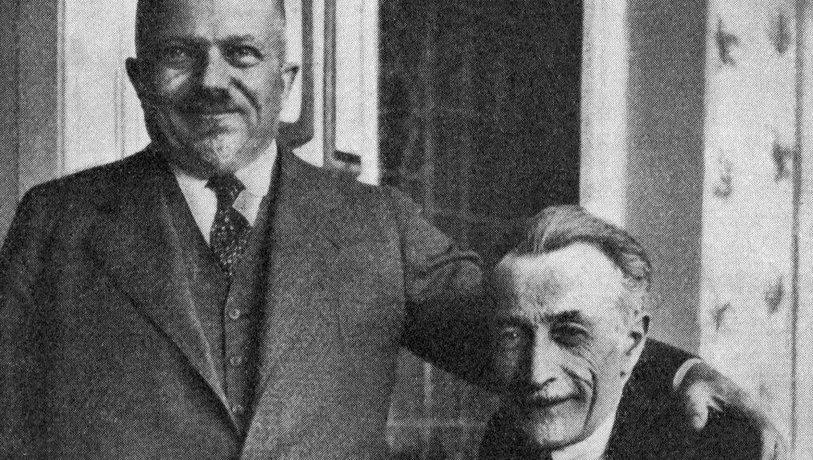 Průmyslník Jindřich Waldes (vlevo) měl ve své sbírce 289 děl malíře Františka Kupky. Pokaždé mu do Paříže s nadšením psal, kam si nový kousek ve své vinohradské vile pověsil.
