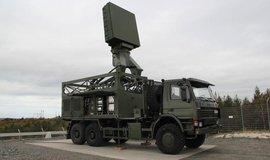 O zakázku na osm souprav mobilních radarů středního dosahu MADR usiluje i švédský Saab. Česku nabízí tento systém Giraffe 4A.