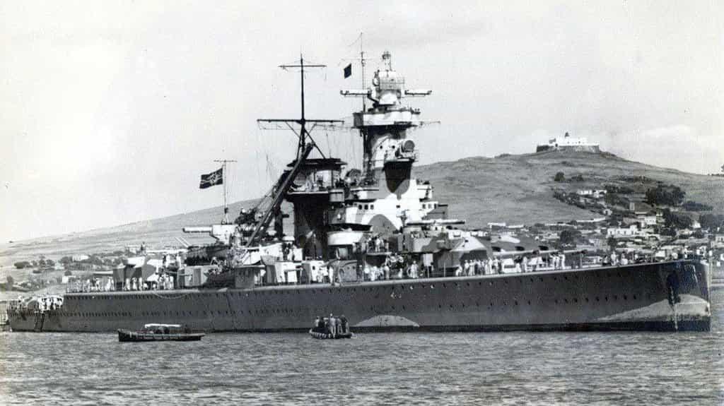 Loď Admiral Graf Spee v dobách své největší slávy