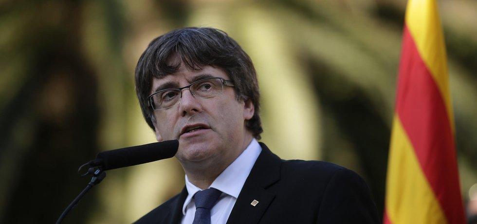 Carles Puigdemont je prý jedním ze 13 katalánských politiků, které Španělsko obžalovalo ze vzpoury