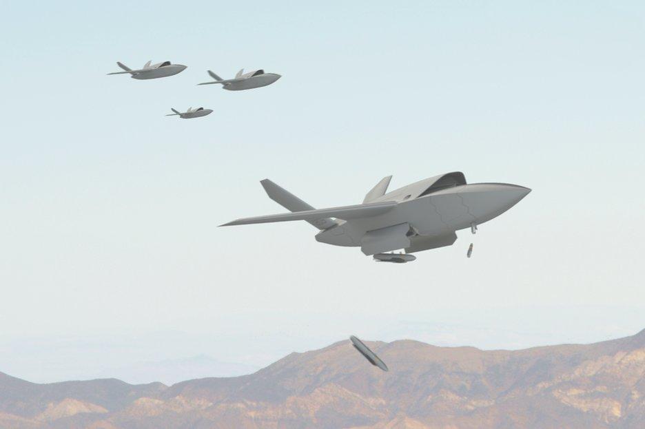 """S autonomními drony se do budoucna počítá jako s """"kanónfutrem"""", který bude mít za úkol pohltit největší sílu nepřátelského útoku a tím ochránit lidské piloty"""