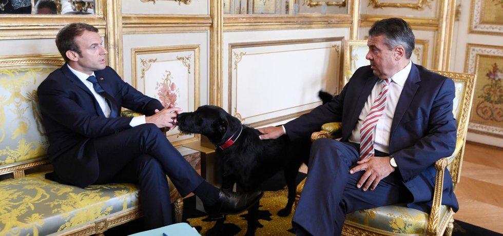 Sigmar Gabriel a Emmanuel Macron