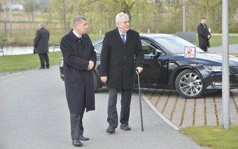 Miloš Zeman na návštěvě Čapího hnízda, ilustrační foto