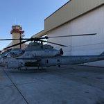 Největší rozdíl mezi SuperCobrou a Viprem je operační rádius. Zatímco AH-1W dokáže bojovat v okruhu 107 kilometrů, AH-1Z zvládne i vzdálenost 257 kilometrů.