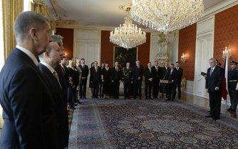 Prezident Miloš Zeman jmenuje vládu Andreje Babiše