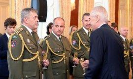 Aleš Opata (první zleva)