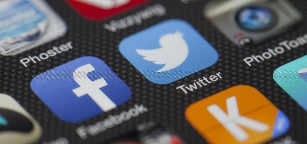 Sociální sítě hýbou světem