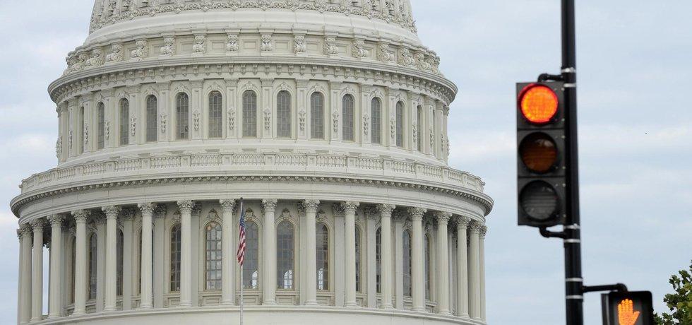 Kapitol, kde sídlí obě komory amerického parlamentu.