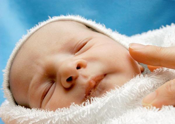 ilustrační foto; miminko, porod, porodnice