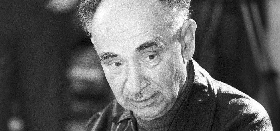 Specialista. V 60. letech se Josif Romualdovič Grigulevič stal předním sovětským historikem. Nikdo tenkrát netušil, že pomáhal zavraždit Trockého a plánoval zabít Tita.