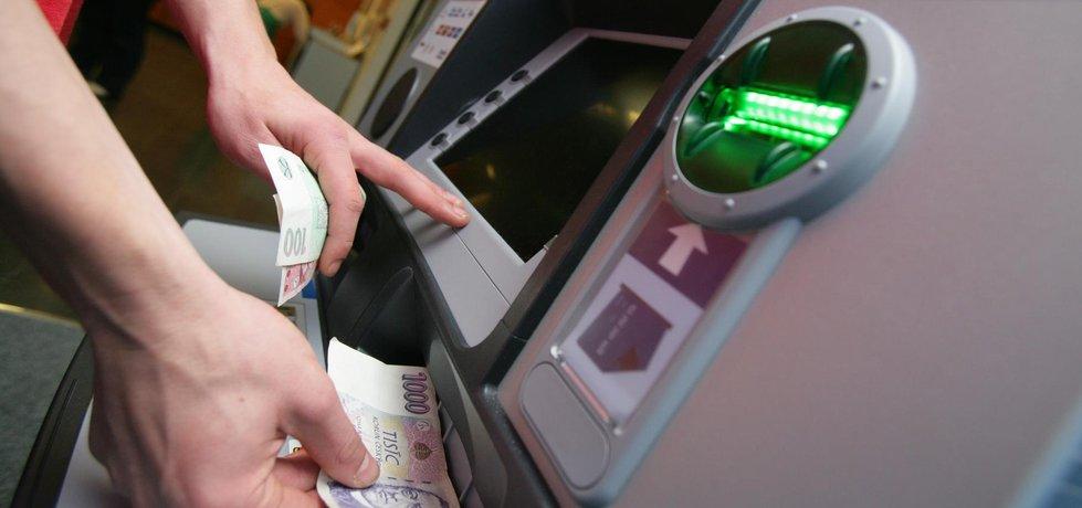 Bankomat - ilustrační foto