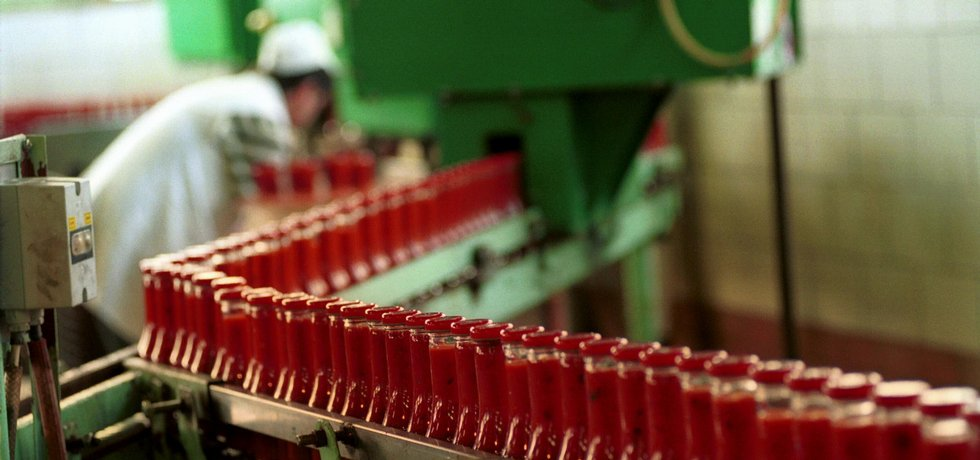 Výroba kečupu v Hamé