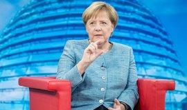 Německo zruší solidární daň pro většinu plátců. Zavedena byla po znovusjednocení země