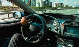 BMW či Ford zakomponují do svých aut blockchainový systém. Bude platit mýto i parkovné