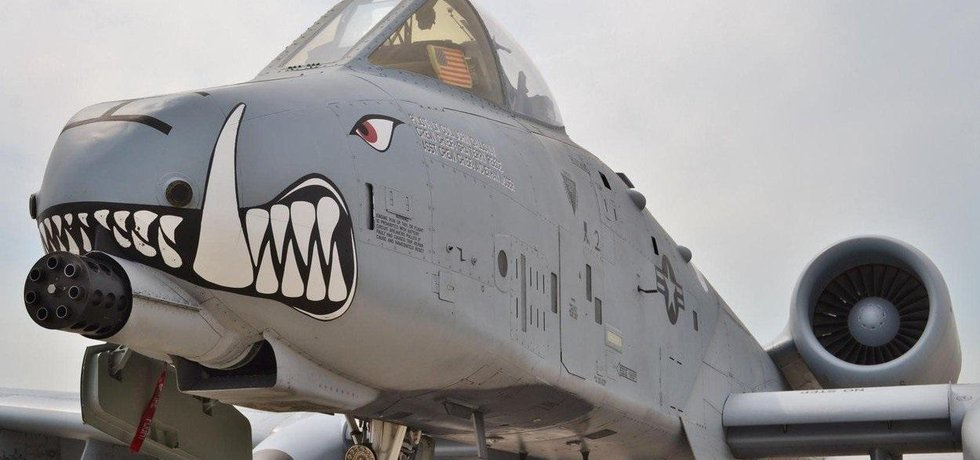 Bitevní letoun Fairchild A-10 Thunderbolt II, ilustrační foto